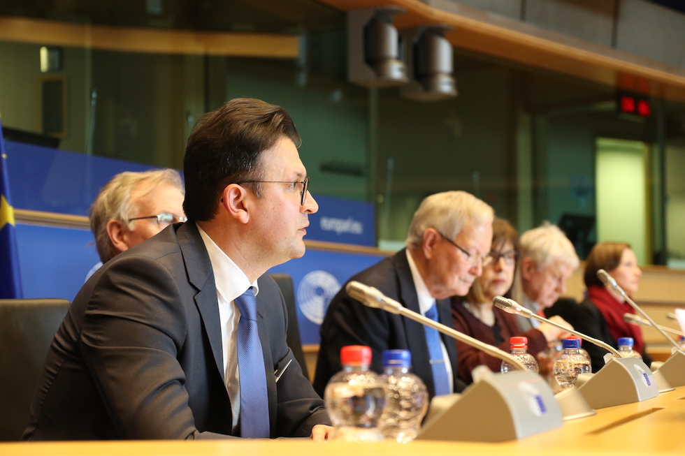 In Light of The Return of Great Power Politics-Countering Hybrid Threats to Europe